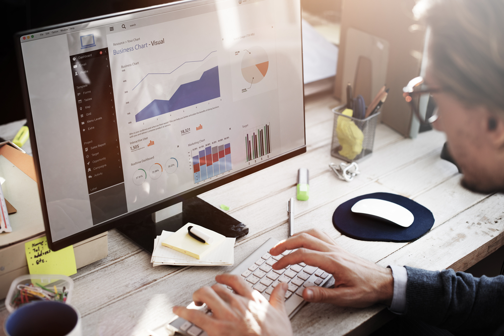 4 Must-Have Skills for a Successful Career in Data Analytics