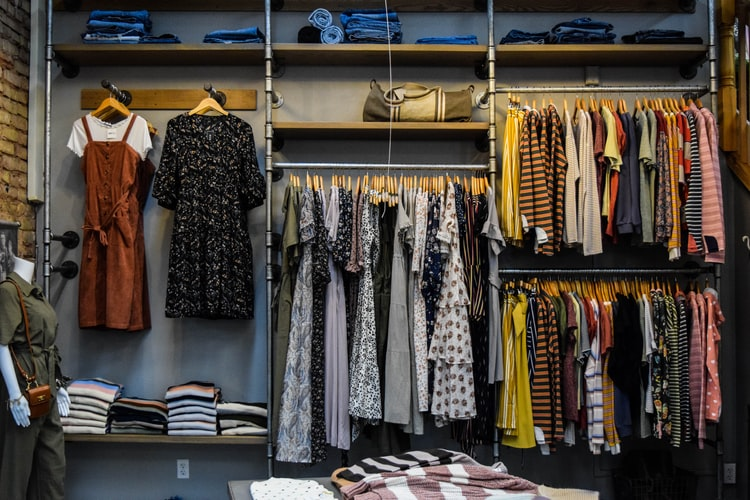 Upgrade Your Wardrobe by Online Shopping